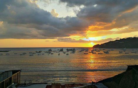 box-nisurf-nicaragua-beach